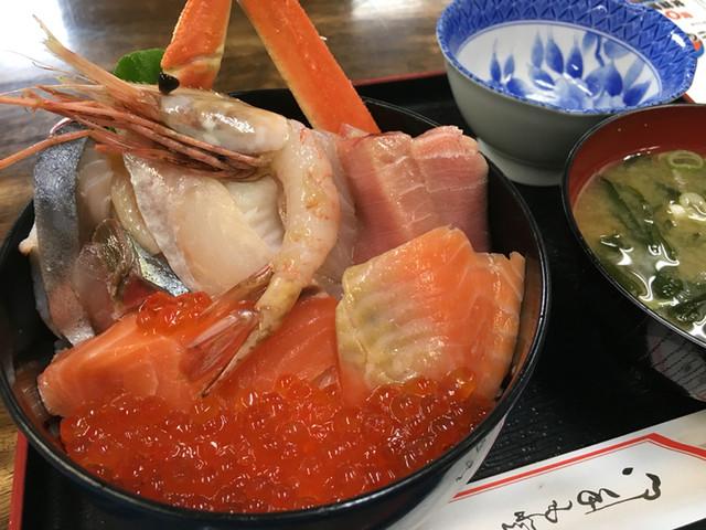 魚屋の台所
