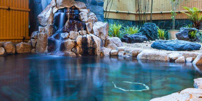 高知城下の天然温泉・三翠園