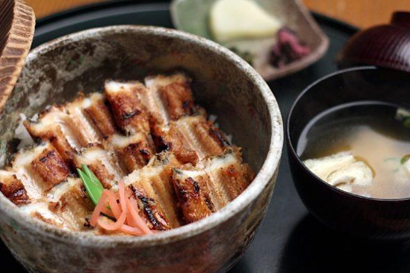 宮島のアナゴ飯