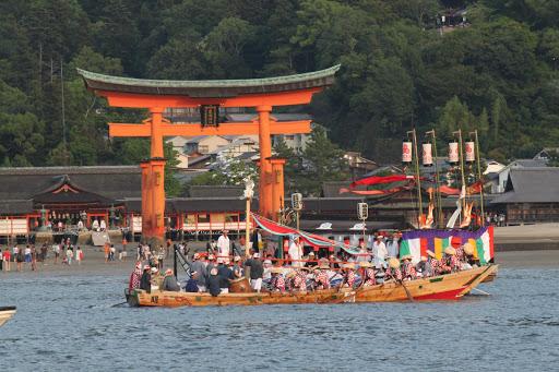 管絃祭 厳島神社