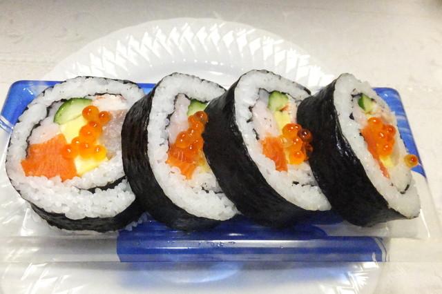 魚一心(札幌 すすきのラフィラ店)回転寿司