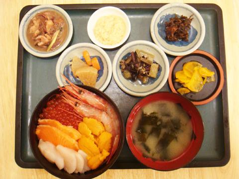 函館 ランチ 朝市の味処 茶夢