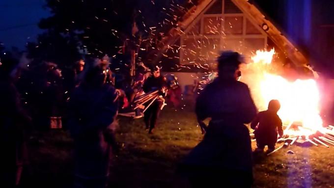 オロチョンの火祭り