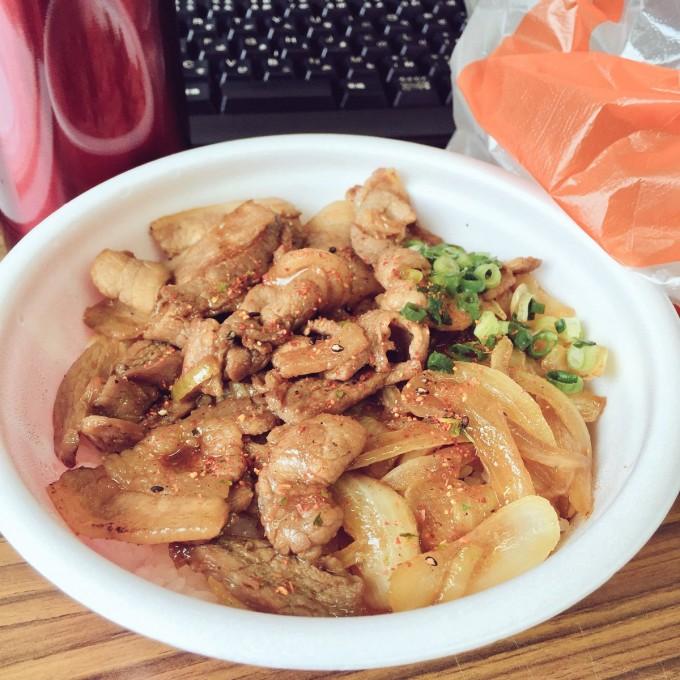 豚丼 セイコーマート