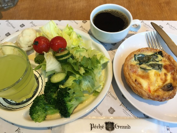 札幌 朝食 ペシェグラン