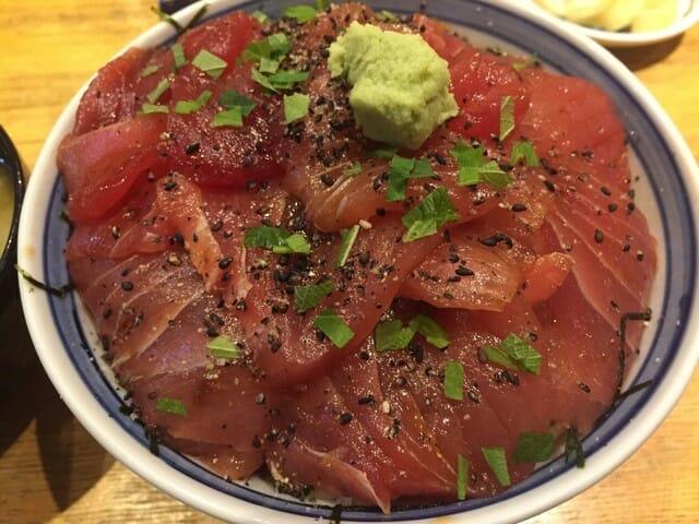 札幌海鮮丼 まぐろ屋