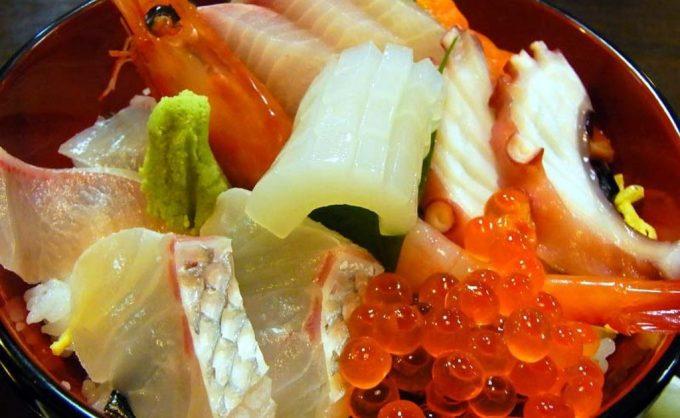絶対食べたい!海鮮丼&寿司ならこの店!