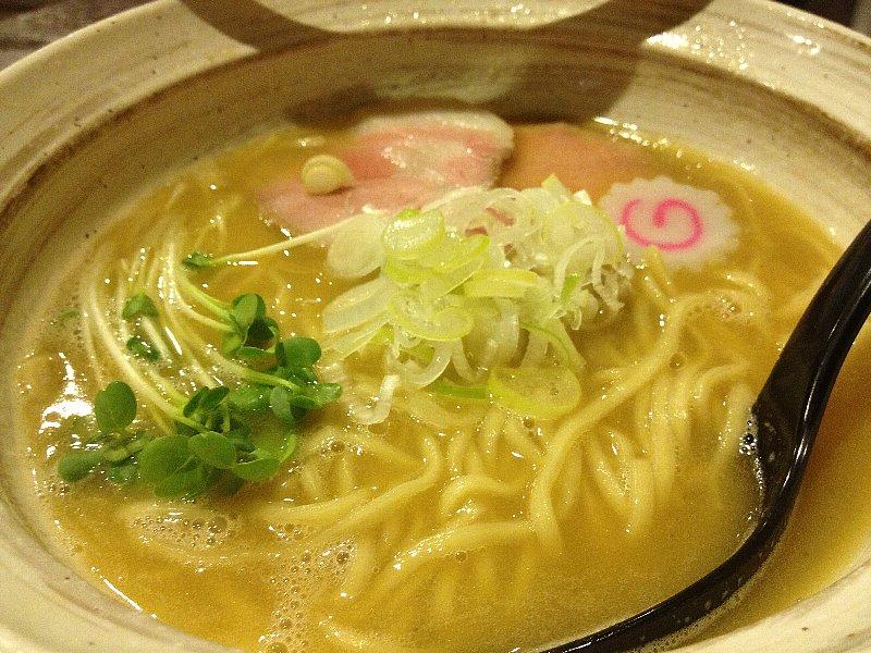 ノロマ(麺屋 NOROMA)