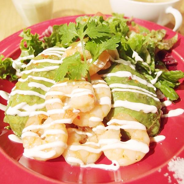 Mexican Dining AVOCADOの「アボカドとエビのマリネ丼」