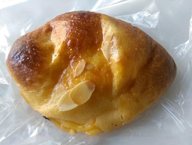 パネ・ポルチーニ クリームパン