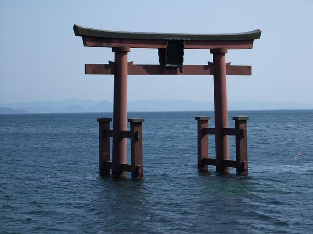 torii-433899_640
