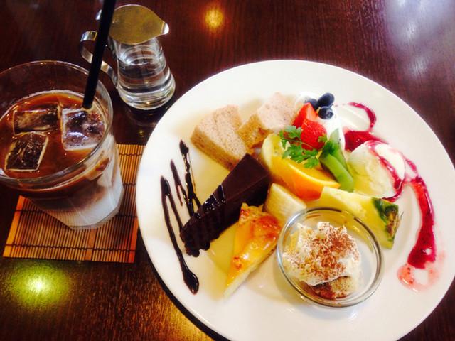 大津市のおすすめカフェ「BREZZA」