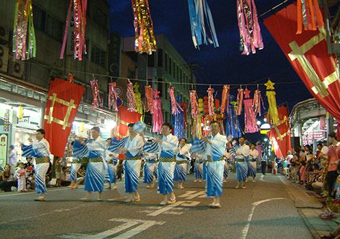 夏の伝統芸能「彦根ばやし総おどり大会」/滋賀県彦根市