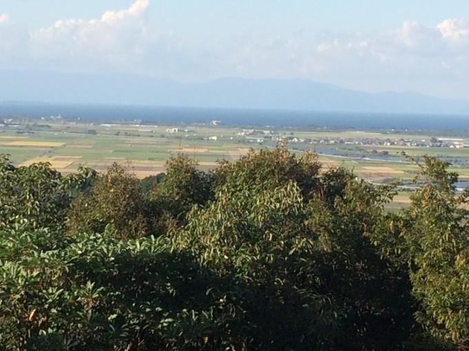 頂上より琵琶湖を望む