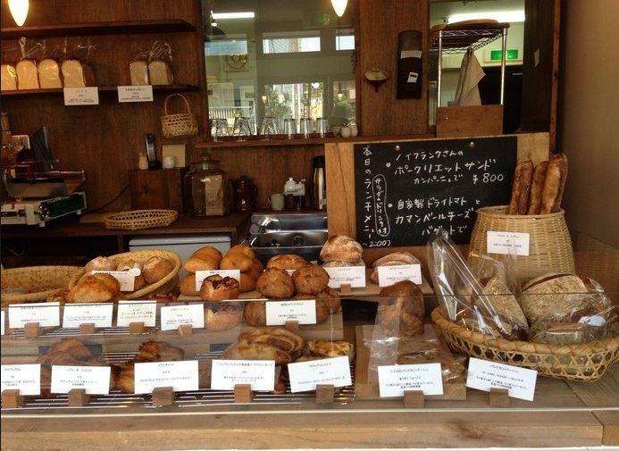 街のパン屋さん「うさぎ」
