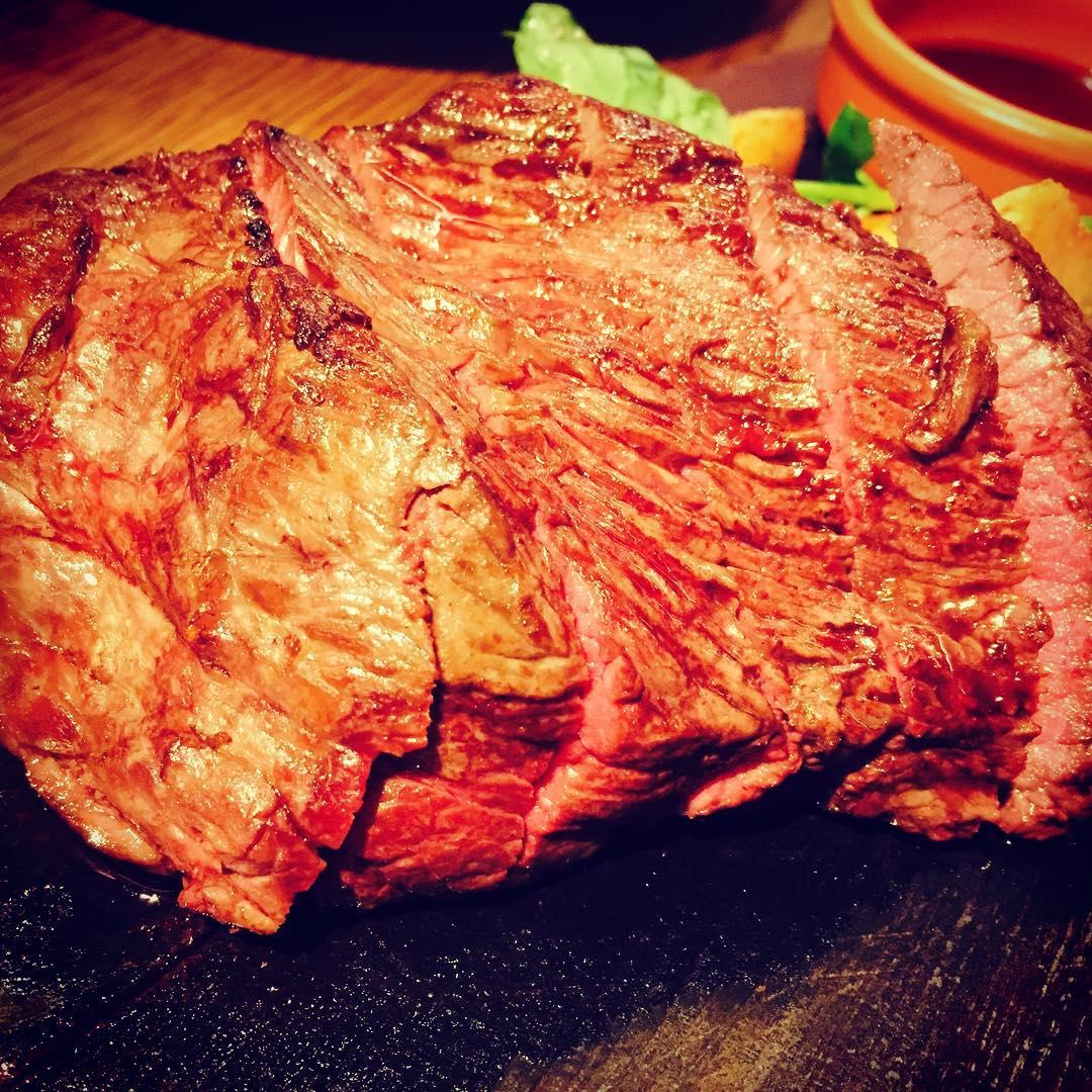 ビストロ熟肉(なれにく)