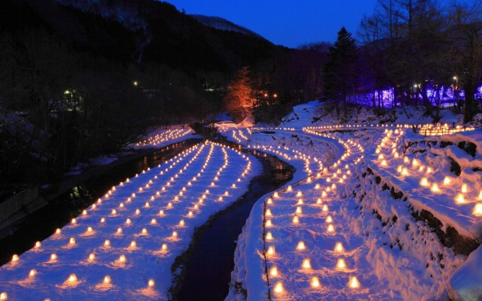 湯西川温泉のかまくらまつり