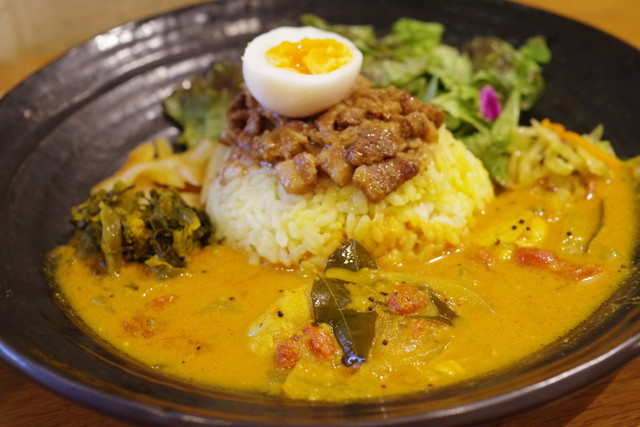 SPICY CURRY 魯珈