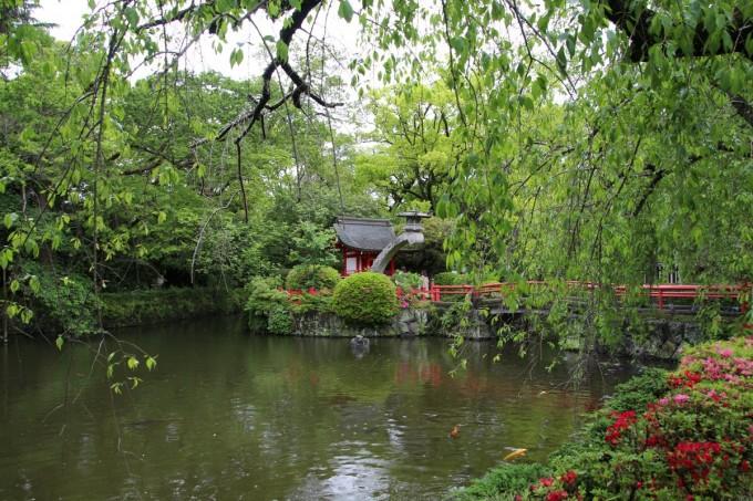 神池 大宮氷川神社
