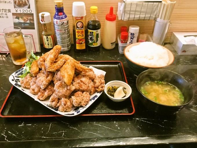 横浜デカ盛り あげ市鶴見店