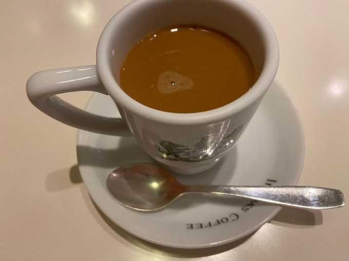 イノダコーヒー 横浜