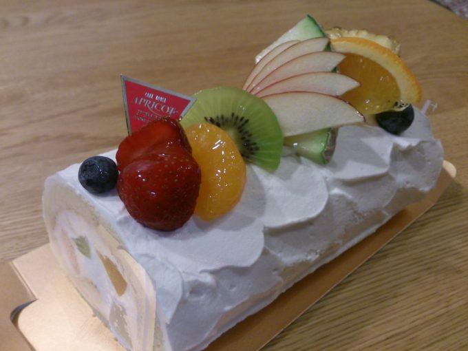 アプリコットロールケーキ