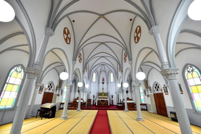 崎津教会内部