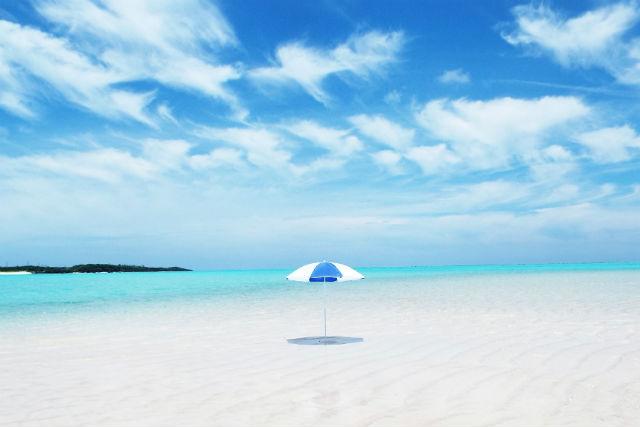 与論島百合が浜