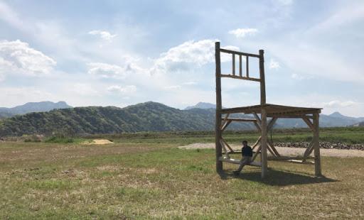福岡 インスタ映え 巨大椅子
