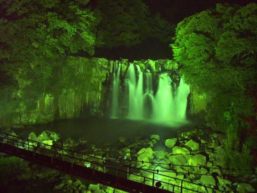 宮崎県 インスタ映え 滝ライトアップ