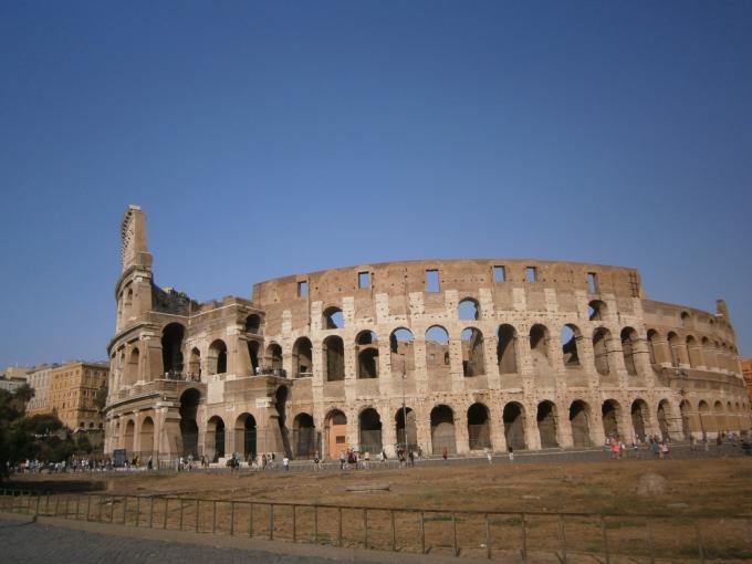 ローマのシンボル!コロッセオ
