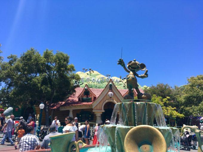 Disney California Adventure カリフォルニアディズニーランド