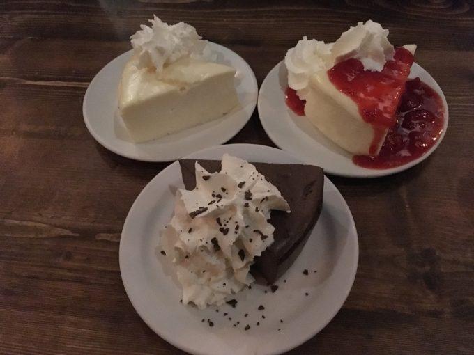 バングーバー スイーツ店  チーズケーキファクトリー