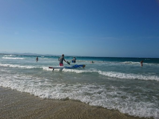 main beach サーフィン