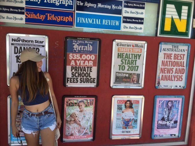 ポスターの壁紙