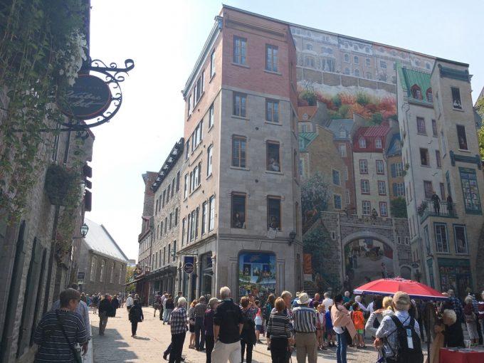 ケベック巨大壁画