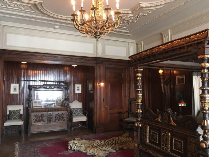 Casa Loma room3