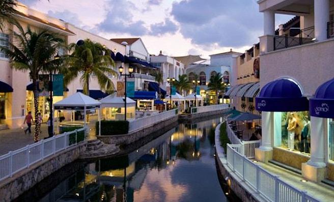 La Isla Shopping Village 2