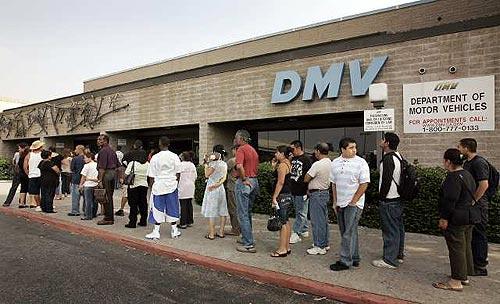 カリフォルニアドライバーズライセンスの取得方法 DMV