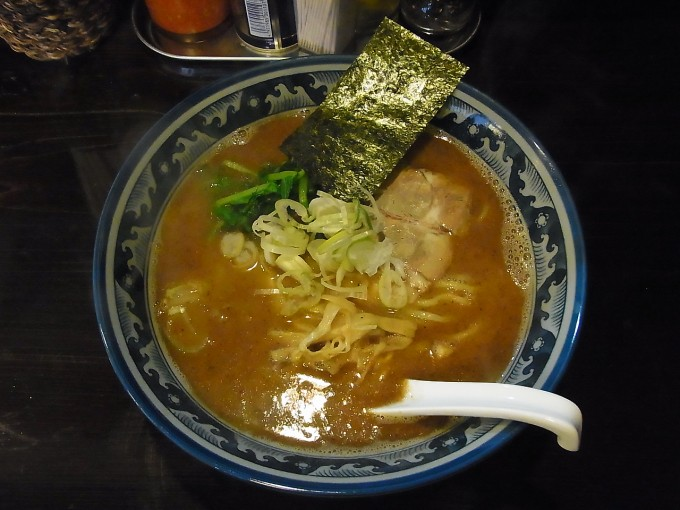 南陽市 ラーメン 麺屋 葵