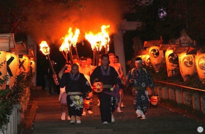 二本松の提灯祭り御神火祭