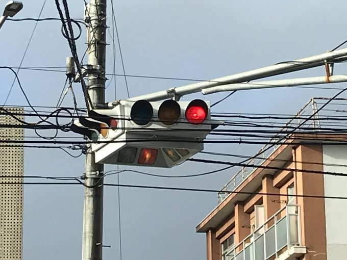 宮城県あるある 懸垂型信号機 宮城