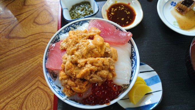 青森海鮮丼 ぬいどう食堂