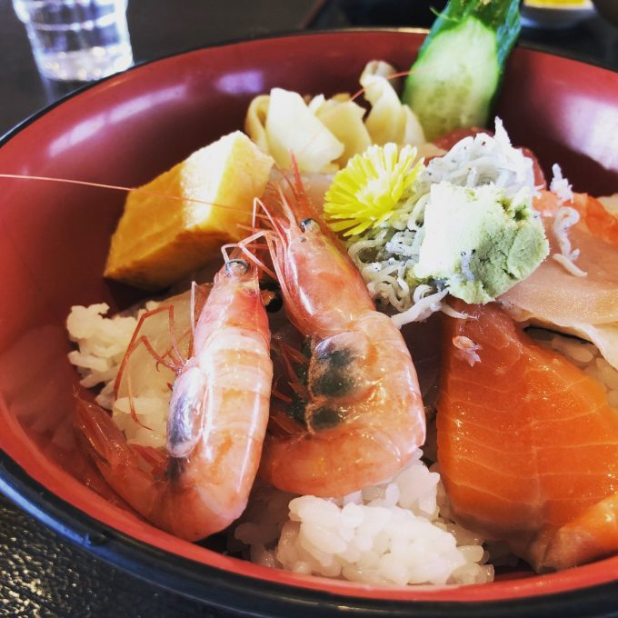 とびしま 海鮮丼