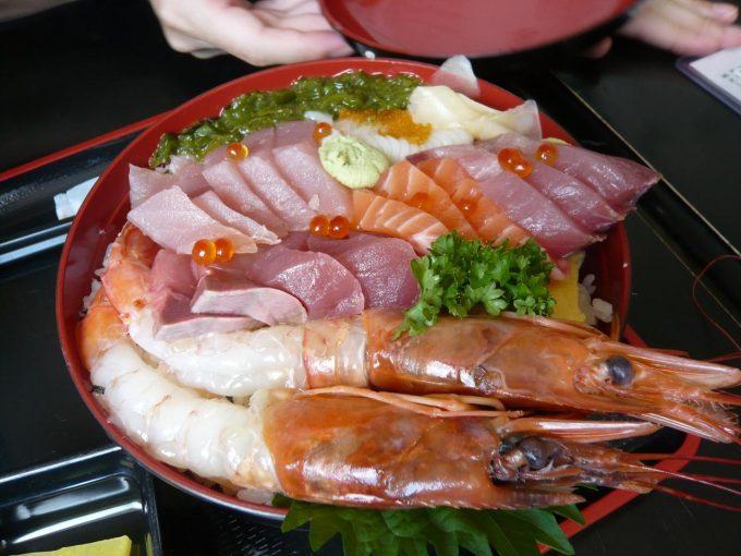 大夫黒 海鮮丼