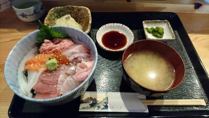 伊豆 すぎ屋 海鮮丼ランチ