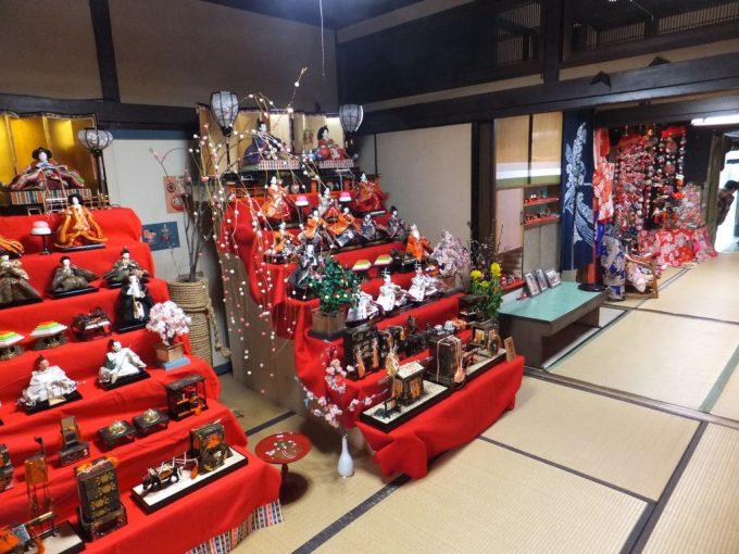 伊賀上野・城下町のおひなさん